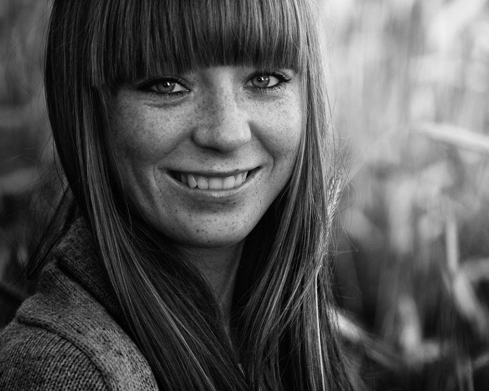 Photo in Portrait #b&w #portrait #light #smile #she #eye