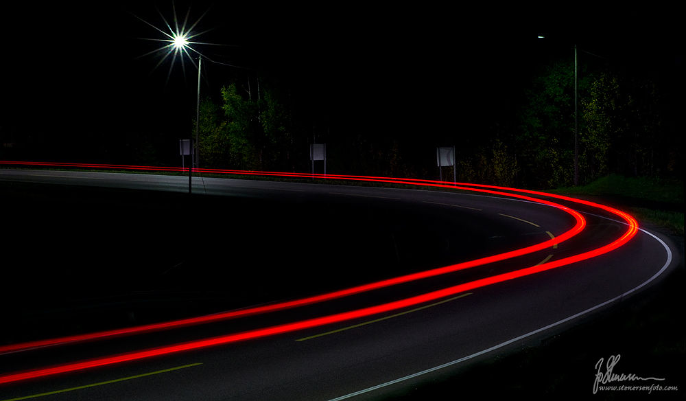 A car drove by by jostenersen