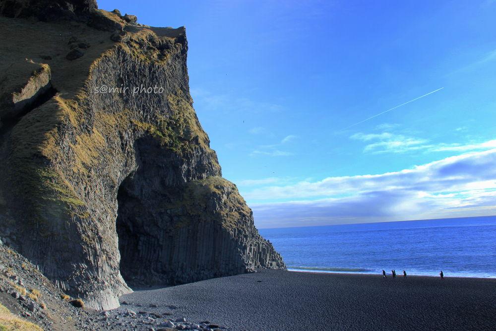 black sand beach, ice land by samirsarkar