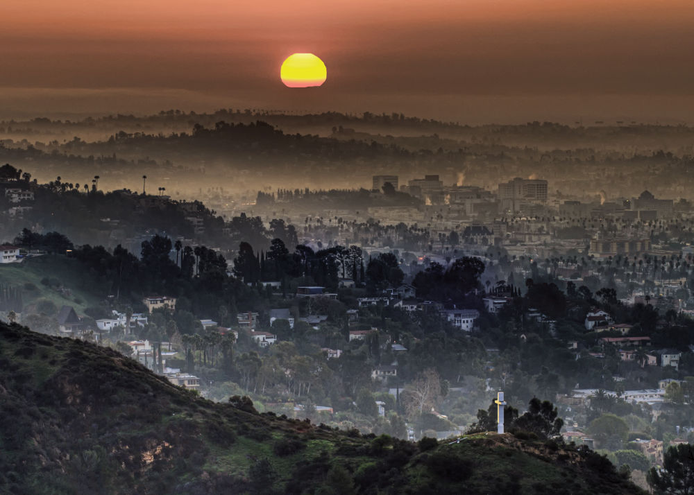 Photo in Cityscape #city #los angeles #morning #layers #smog #fog