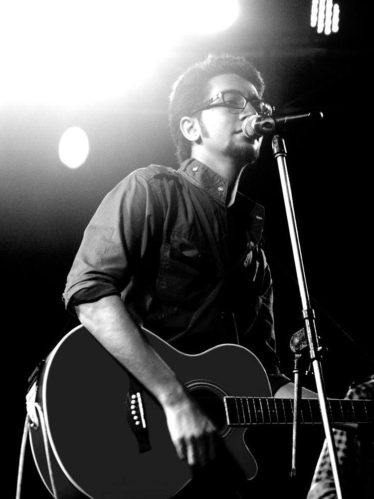 Singer. by shajeekhan73