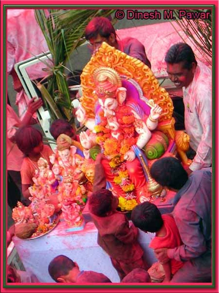 Enthusiasm In Ganesh Visarjan, College Road Area, Nashik by Dinesh M. Pawar