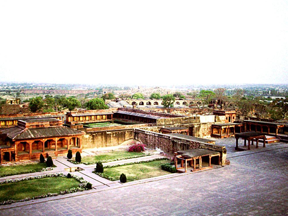Agra 1992 by Helmut Schneller