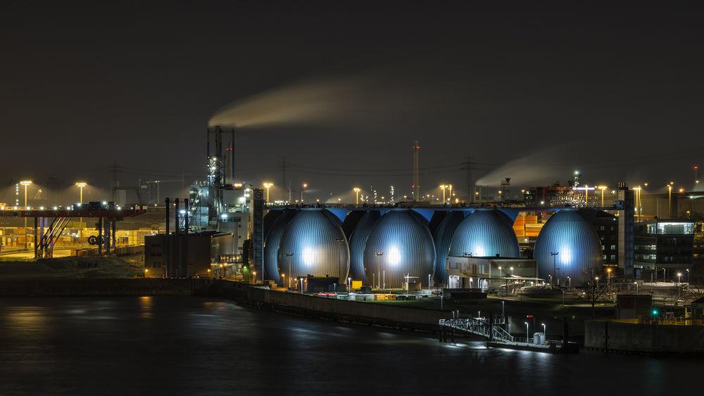 Hamburg Wasser by Michael Krämer