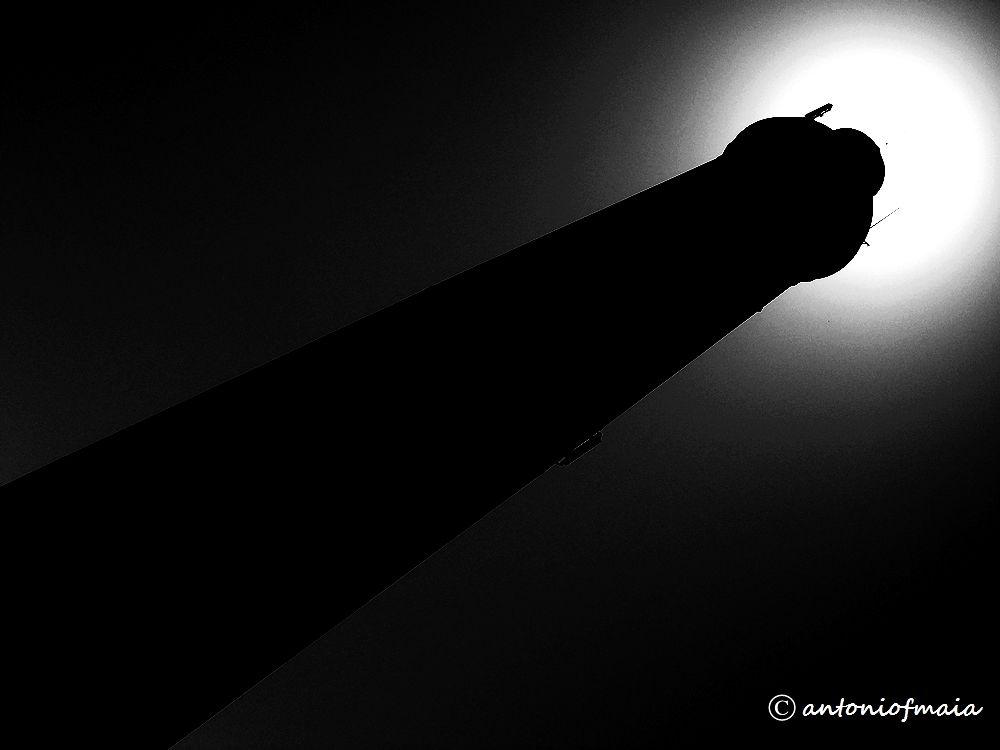 Dark Lighthouse B&W WEB by Antonio F. Maia
