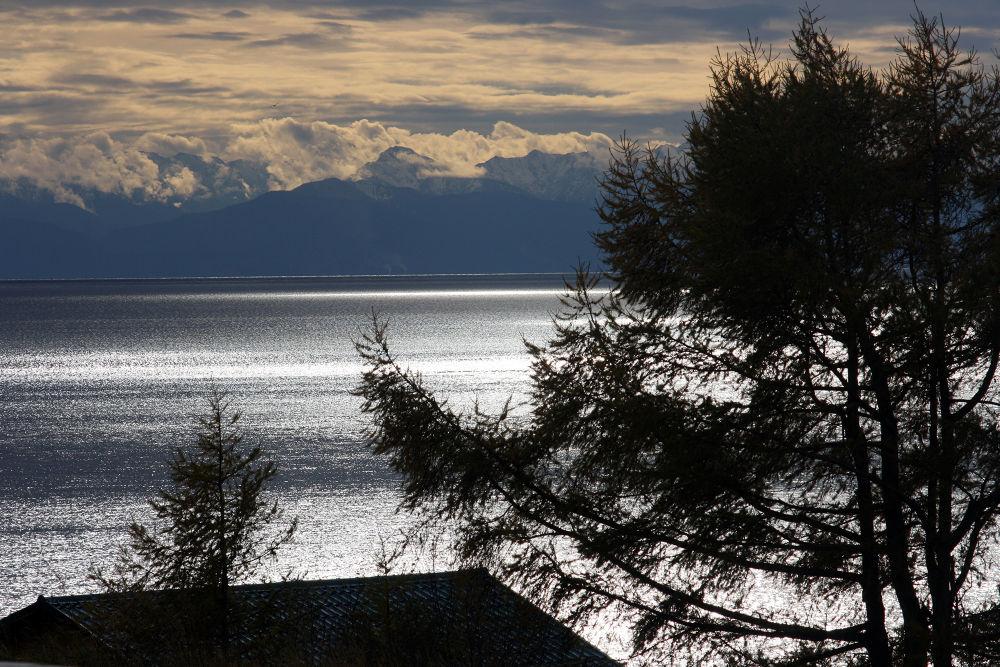 Baikal Lake by monanorrman