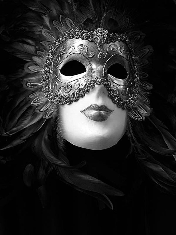 The Mask in B&W by monanorrman