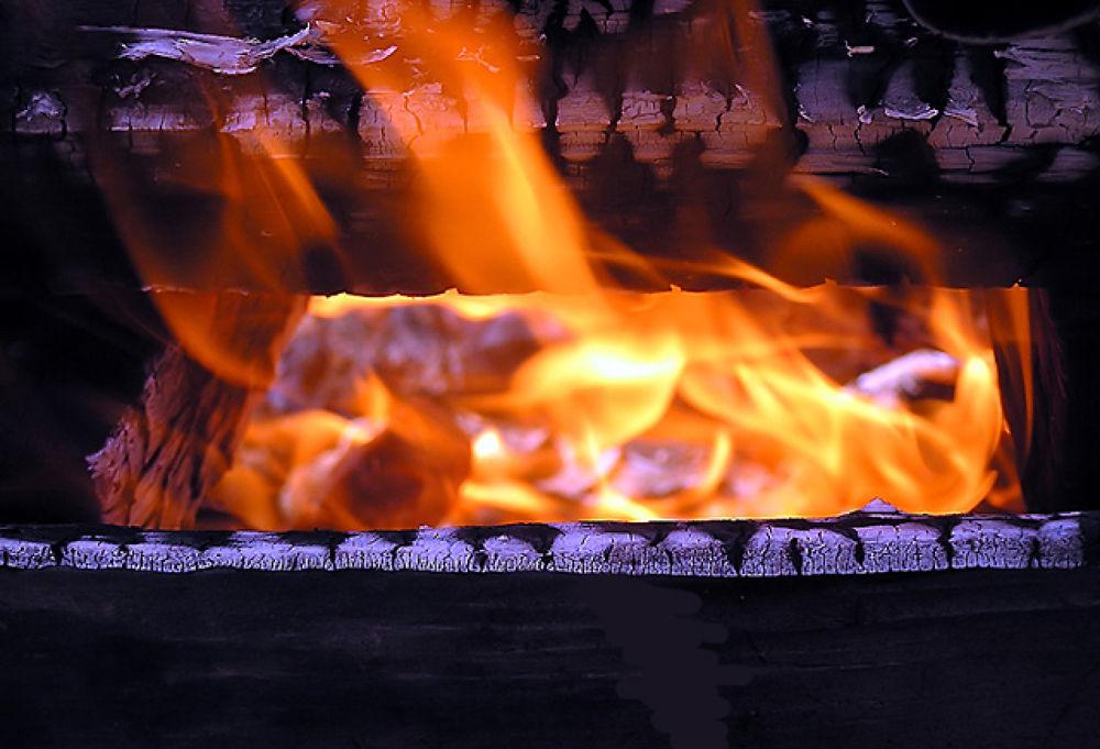 Fire by monanorrman