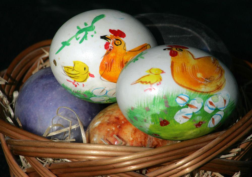 painted eggs by monanorrman