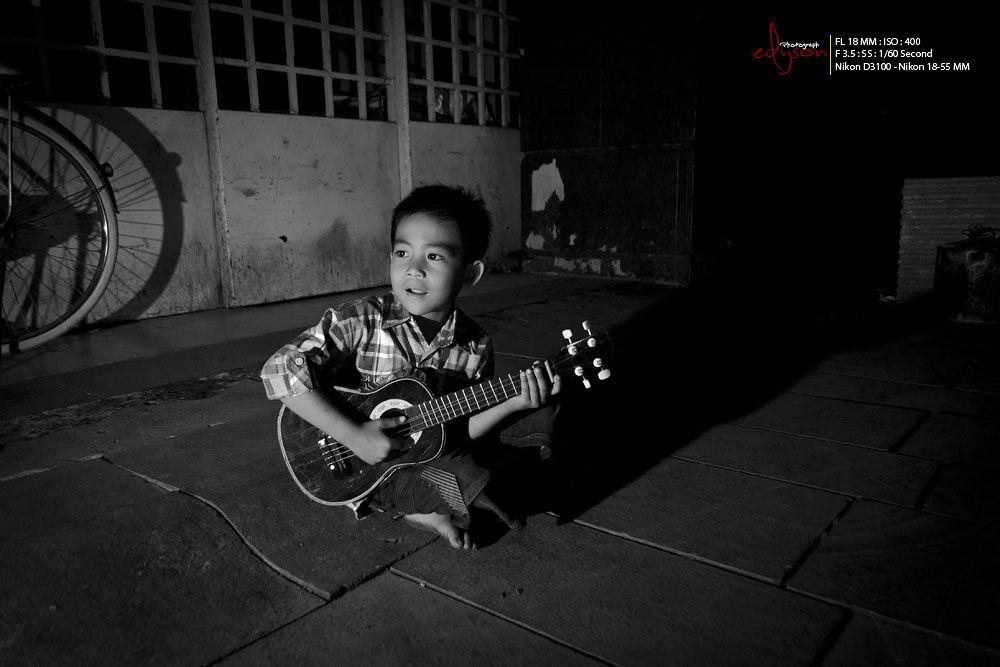 little Singer by Eddy WU