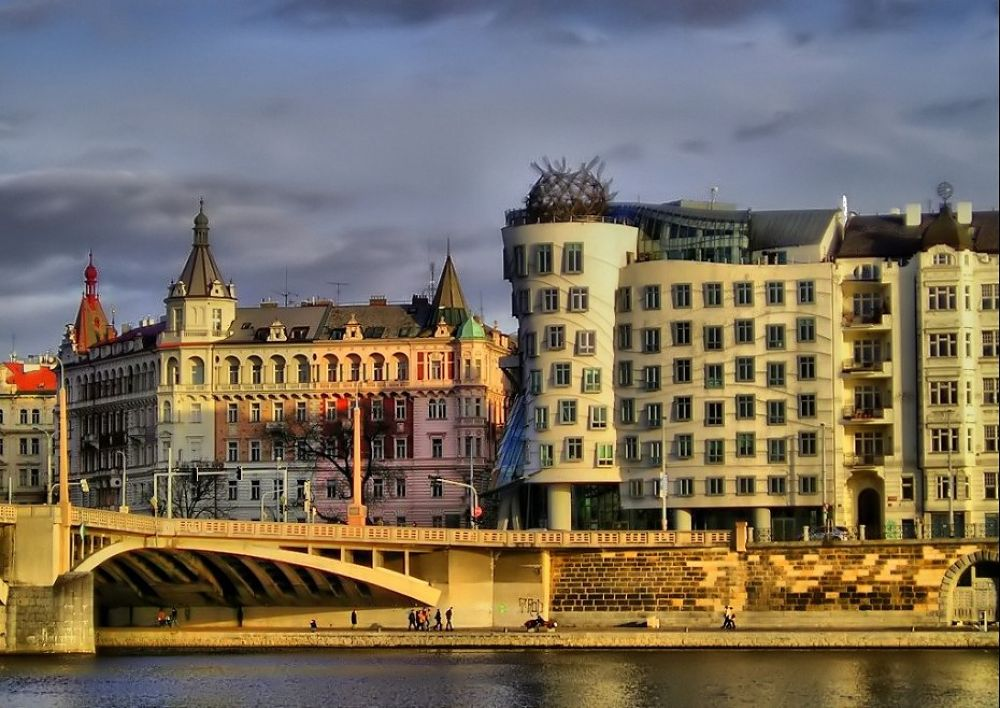 Praha by Onur Güner Güray