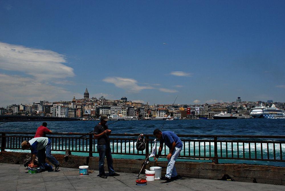 İstanbul'un renkleri by Onur Güner Güray