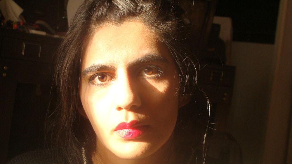 portrait by parmis delasa