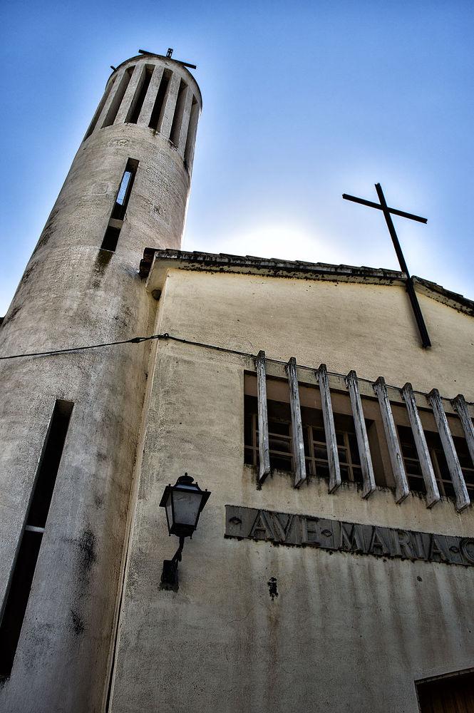 Iglesia by Juan Carlos Arranz