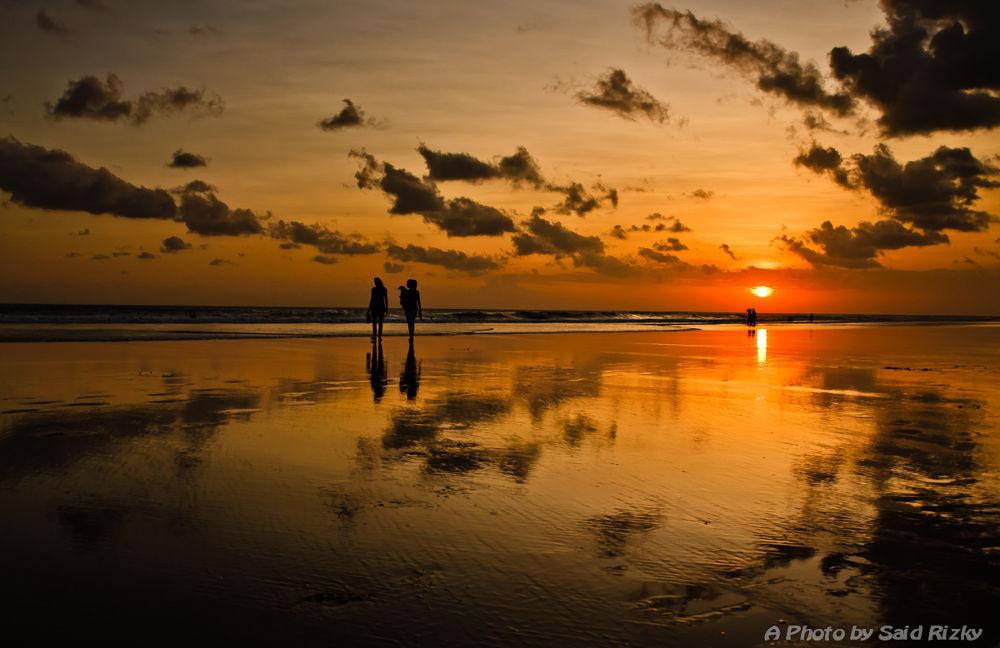 red sunset at la plancha. #sunset by SaidRizky