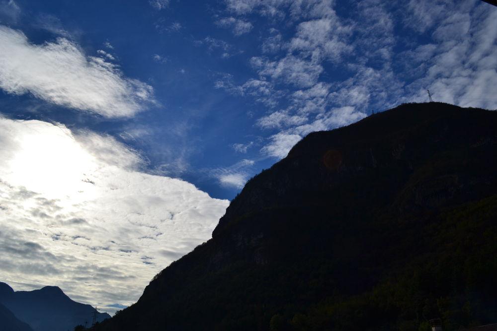 Prima mattina: montagna by fede