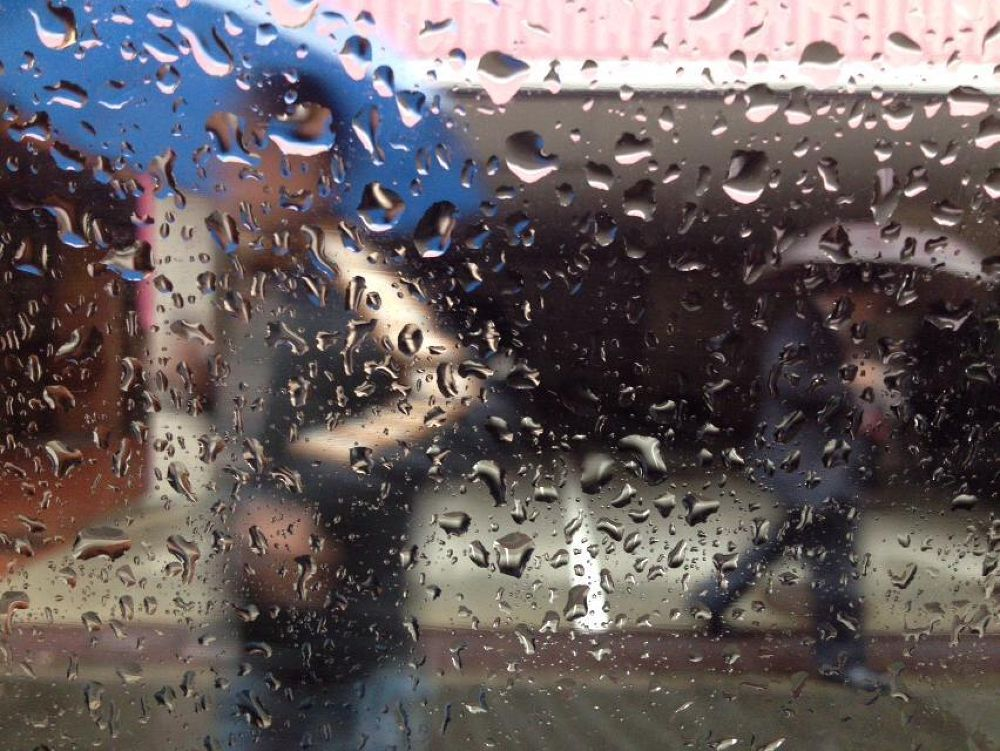 Rainy day by Tsutomu Takahashi