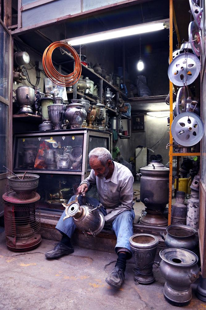 Photo in Random #samovar #man #market #metalwork #qazvin #old man #crafts #people