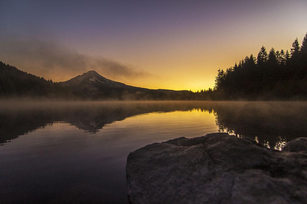 Photo in Landscape #bunlee #bun lee #bunleephotography #trillium lake #oregon #lake #trillium sunrise #reflection #sunrise #mountain