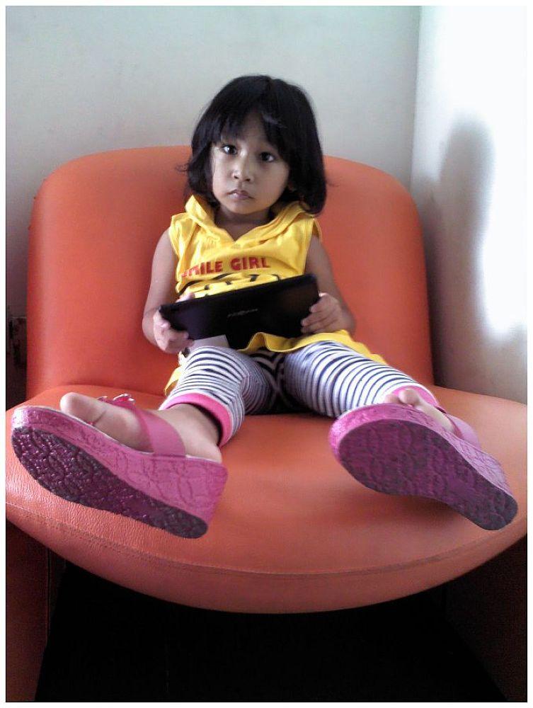MY LITTLE GIRL by Mulyatna Pakde