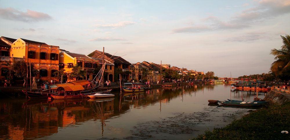 Sunset by chinhdohoang