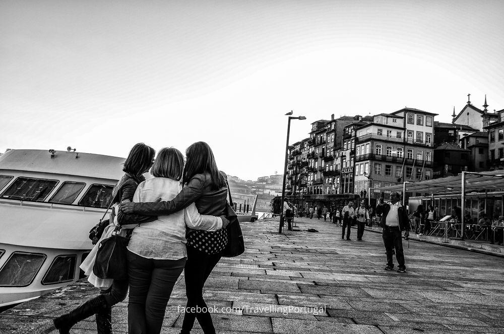 Selfie in Oporto by turismoenportugal