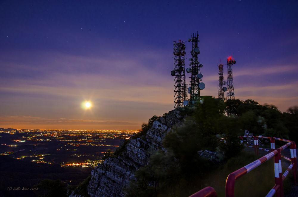 Moonrising over Milan by Lollo Riva