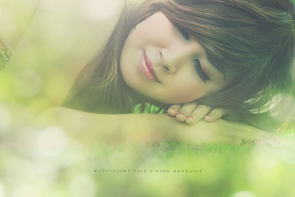 surrounded by bokeh by Osan Mandalle