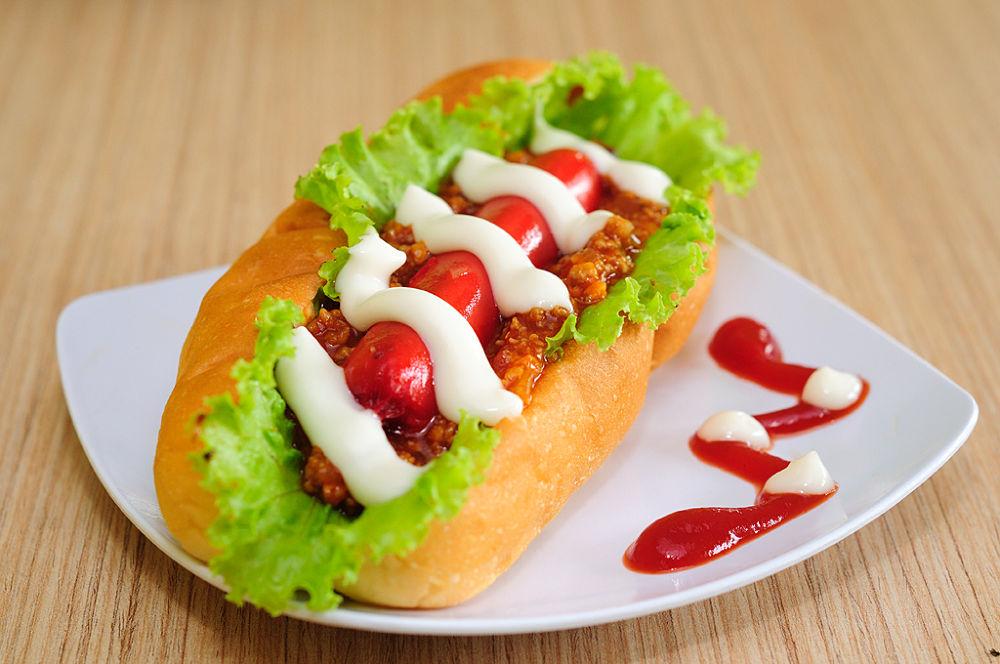 hot dog by martin marthadinata