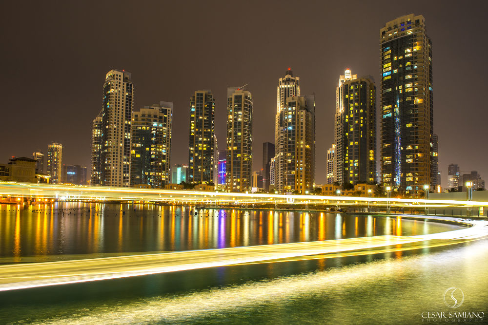 light trails by cesarsamiano