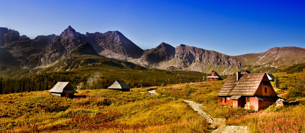 Hala Gąsienicowa-Tatry Mountain by Tomasz Kurp