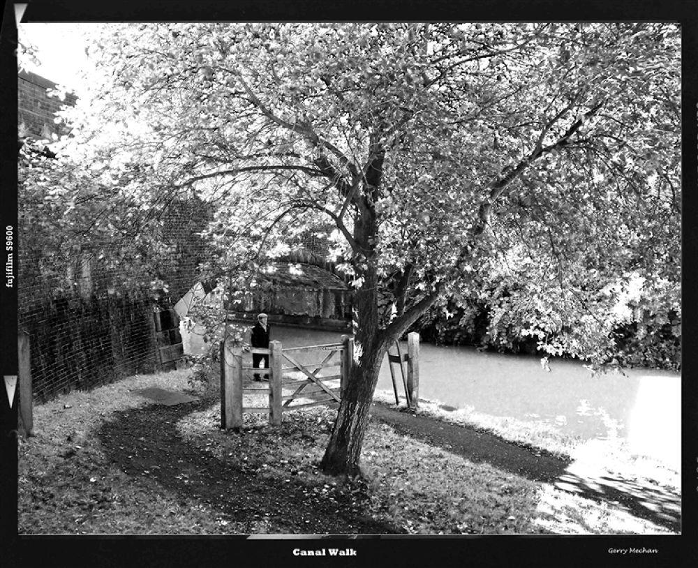canal Walk by gerrymechan