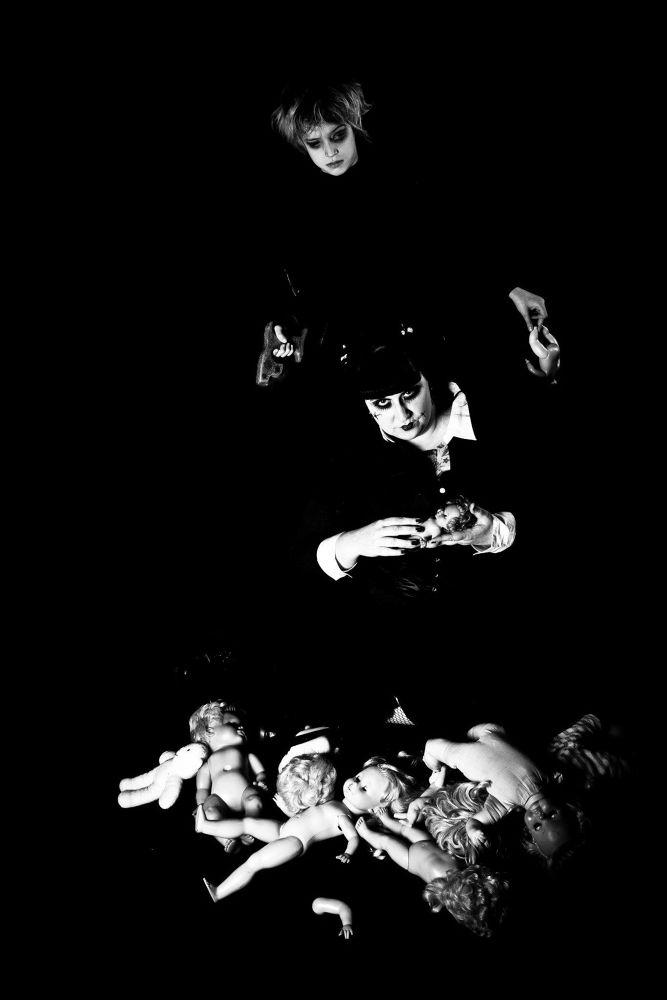 dead dolls by andrea gessat