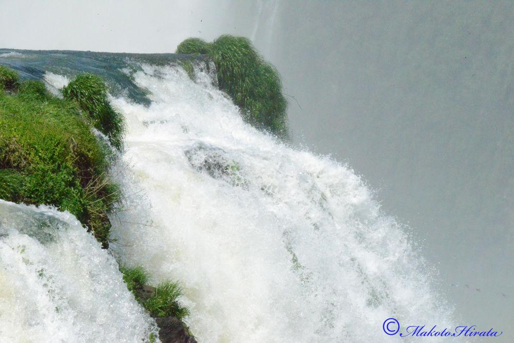Cataratas del Iguazú by hiratamakoto