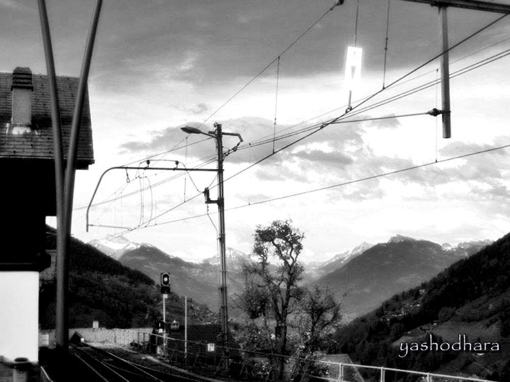 Switzerland by ybroy