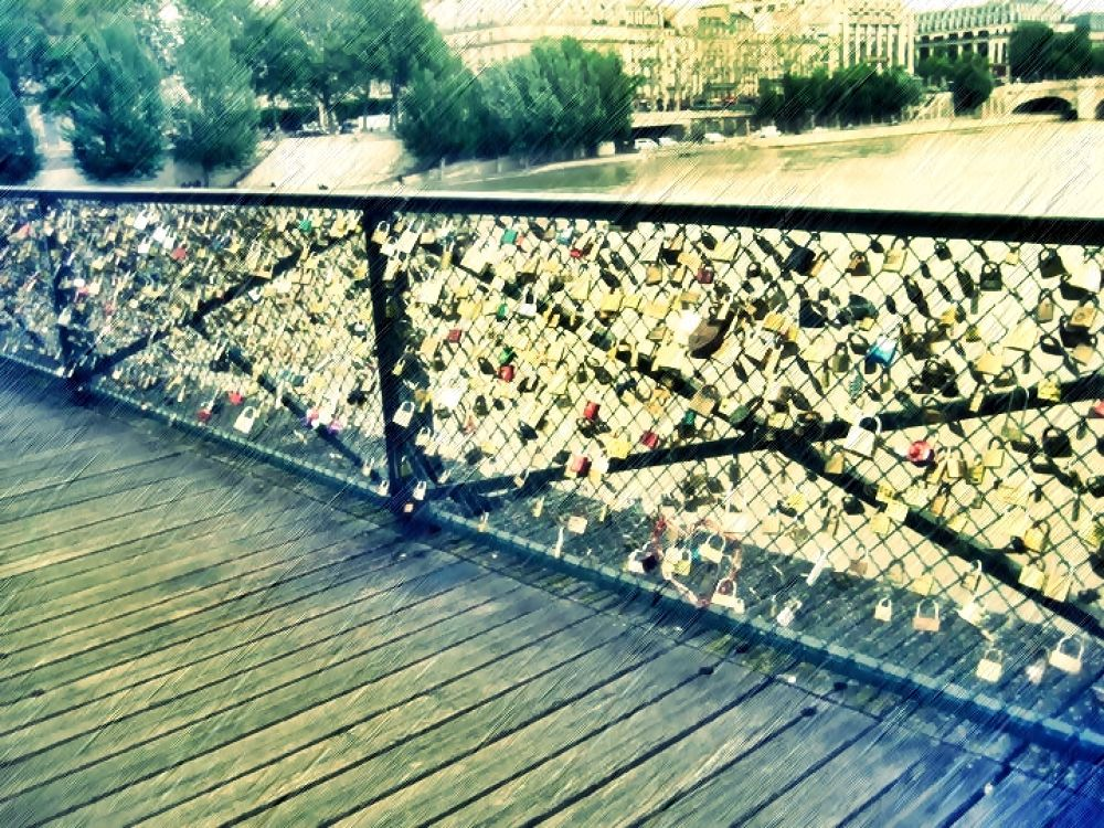 Each lock for a Specific Heart by ybroy
