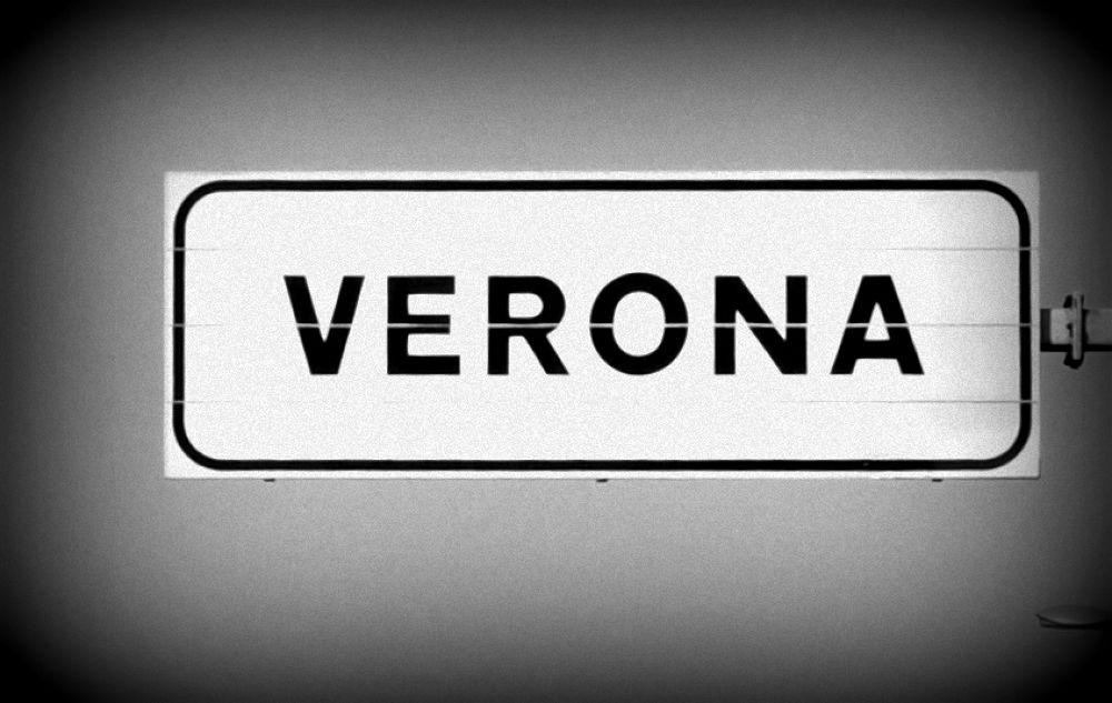 Verona Plate by ATHINADOKA