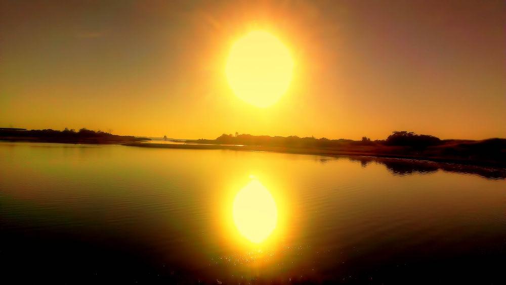 Yellow sunrise. by Wes Mieszczak