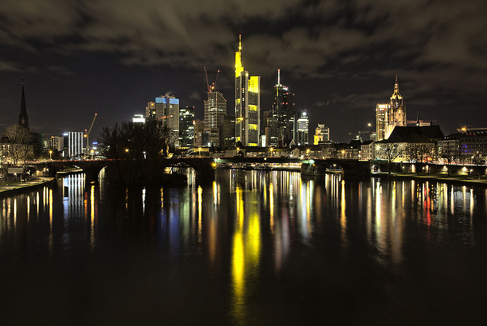 Skyline Frankfurt by Dirk Adolphs Photography