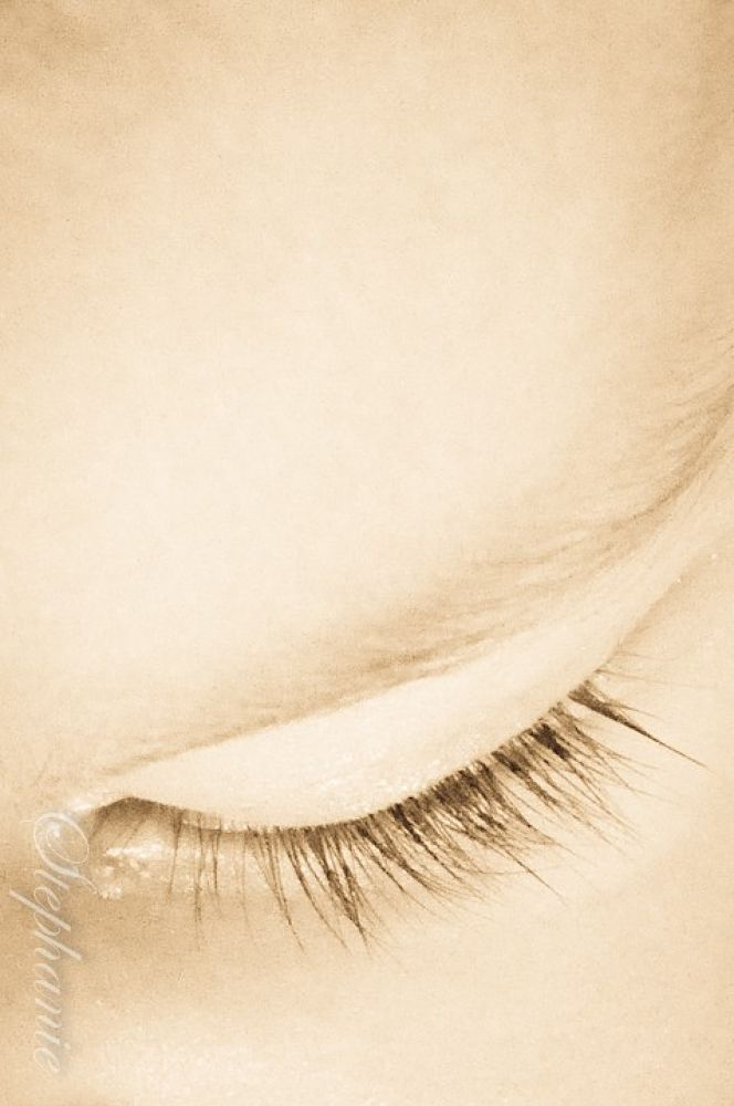 Baby's eye. by stephaniephotography