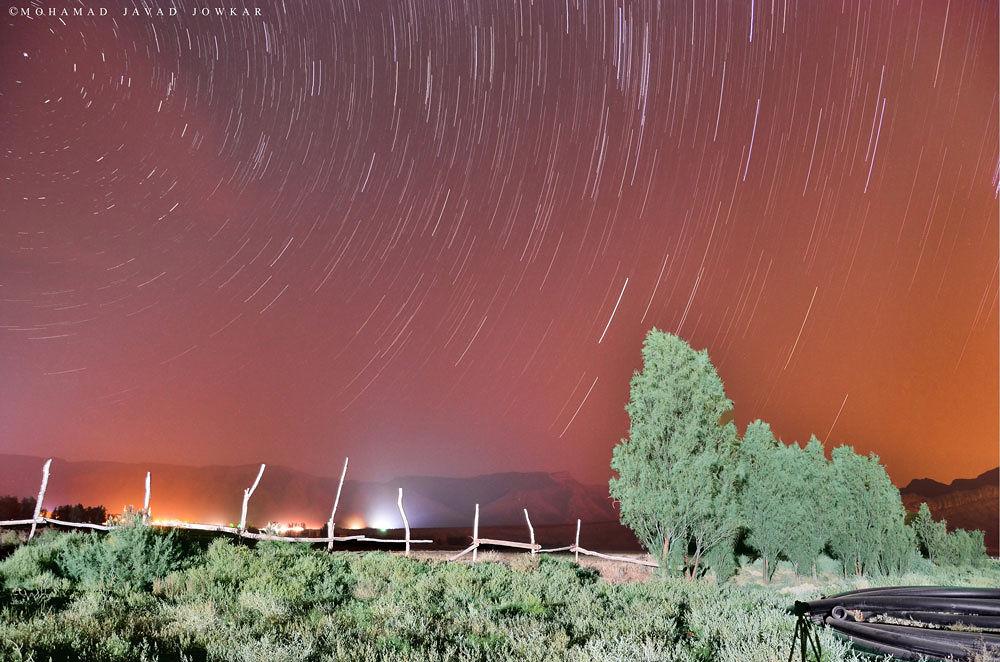 Photo in Random #night #time lapse #star trail #random #otation #mmarriuss #startrail #star #stars #long exposure #rocks #startrails #starry #shelter #low-light #sky #lake #inspiration