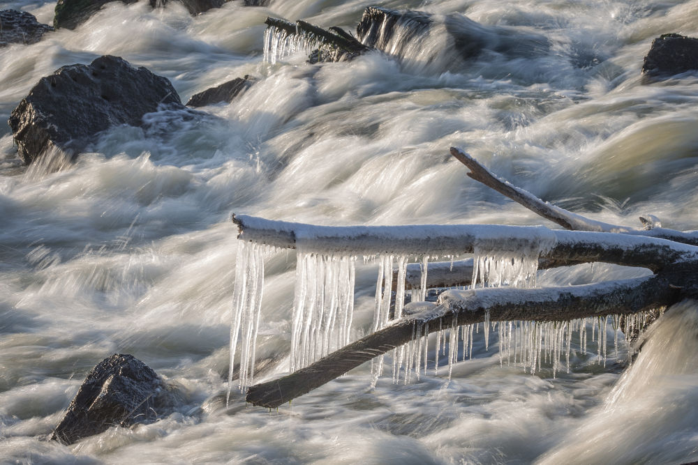 Ice Water by RichardKeeling