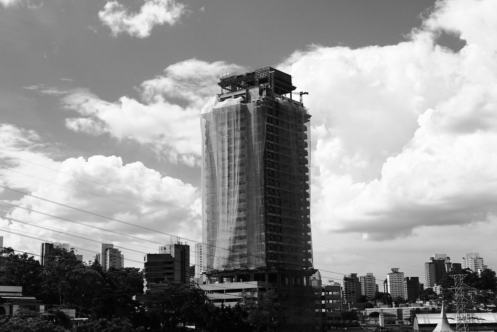 Black and White City by Thiago Trevisan