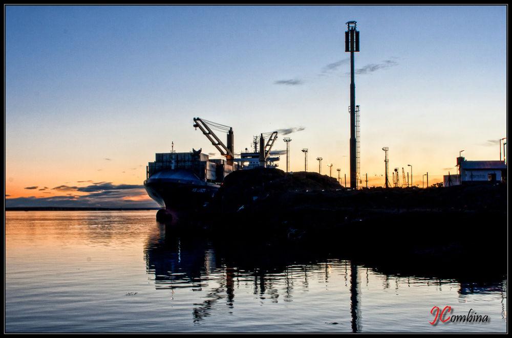 Puerto by jcombina
