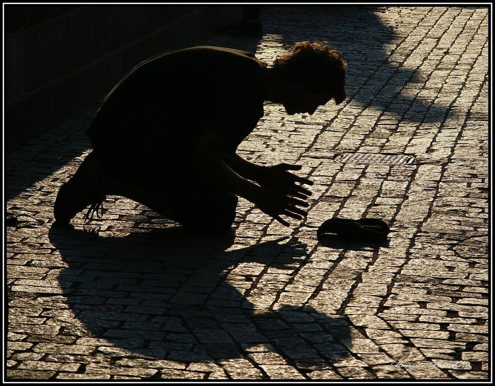 Prière  by mauricepancheri