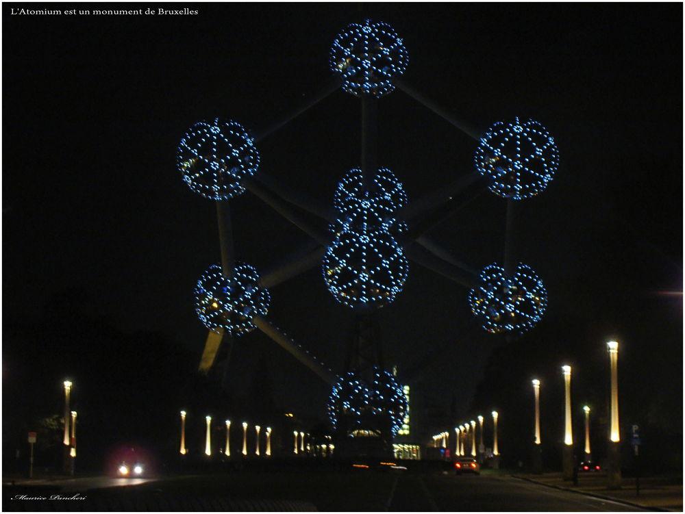 L'Atomium est un monument de Bruxelles by mauricepancheri