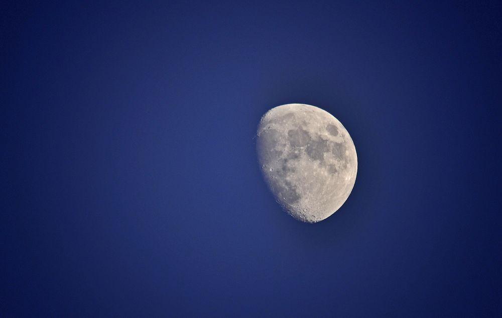 three quarter moon by paulhamilton969952