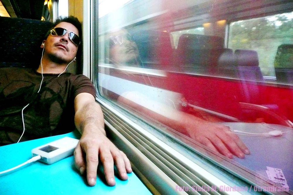 Photo in Portrait #velocidad #hombre #tren #musica #soledad #retrato