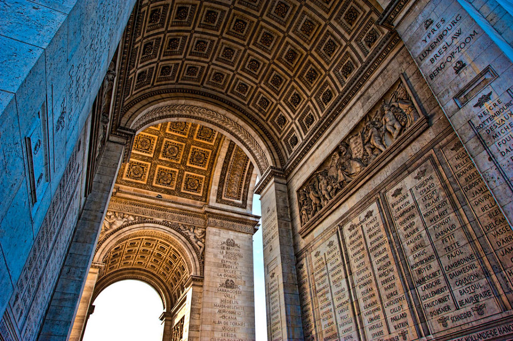 Arc-de-Triomphe by gjkingphotography