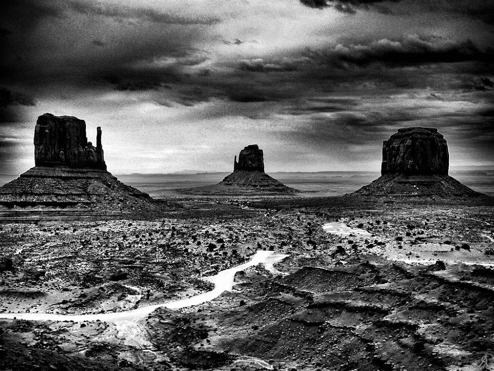 Monument Valley by Alessandro Giorgi Art Photography